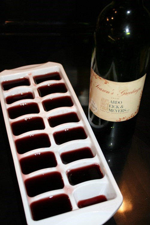 ice cubes,freezer,wine,ice tray,after 12,g rated