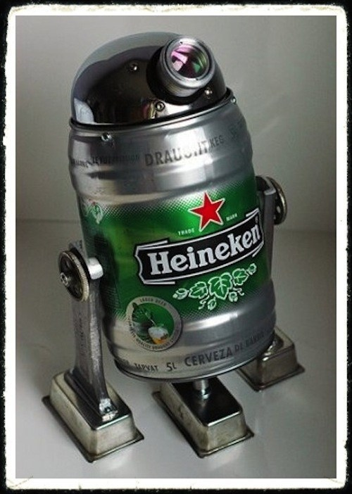 star wars,r2-d2,Heineken,keg