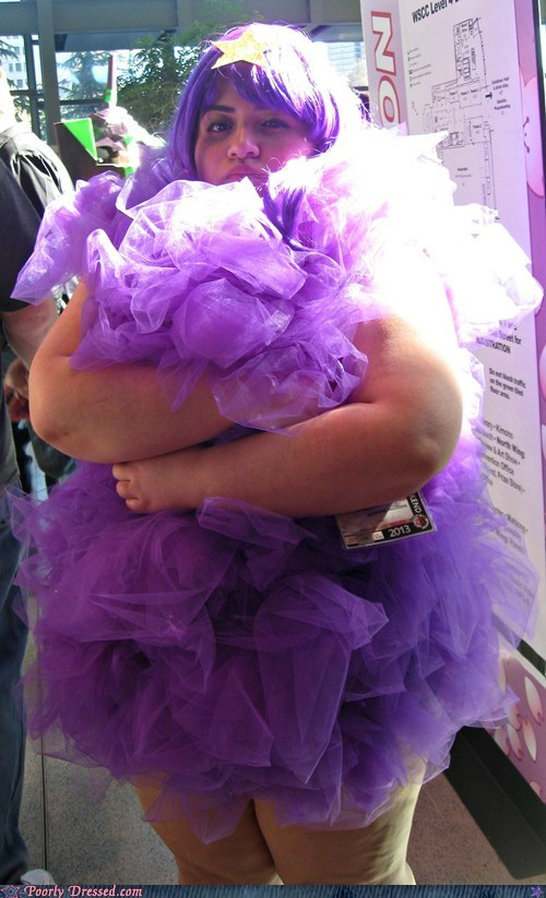 costume purple loofahs
