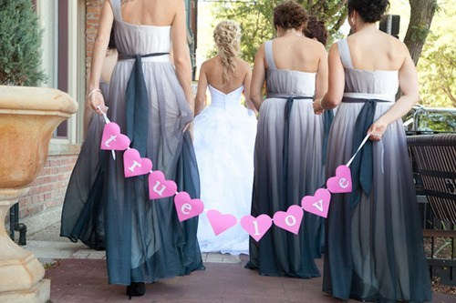bridesmaids hearts wedding photos - 7293883136