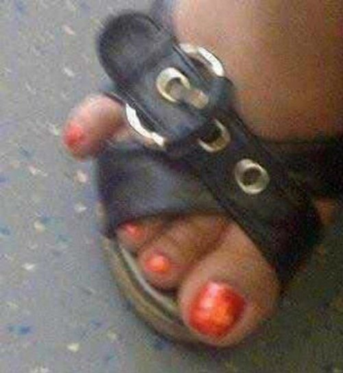toes too tight sandals poorly dressed g rated