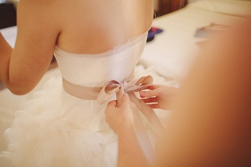 ribbons wedding dresses bows