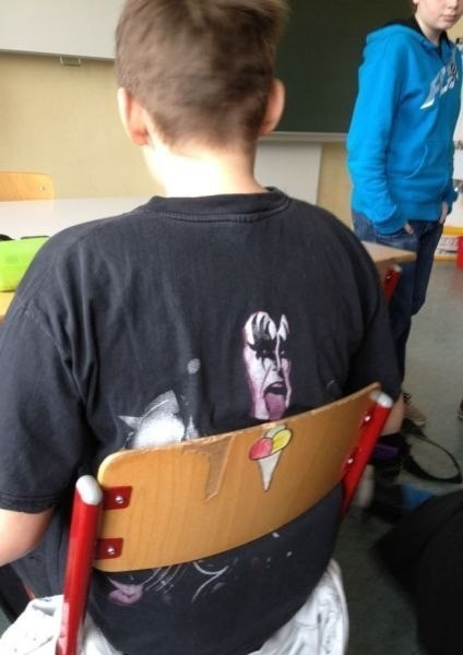 KISS t shirts lick it up