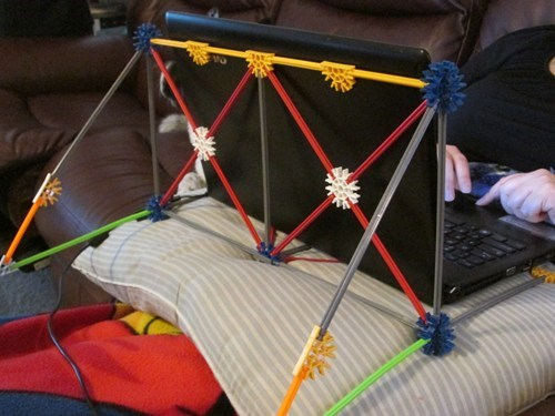 laptops knex there I fixed it