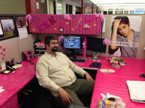 pink,office pranks,justin bieber