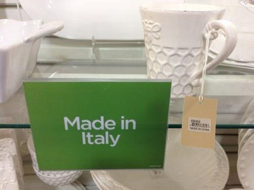 Italy,China,signs