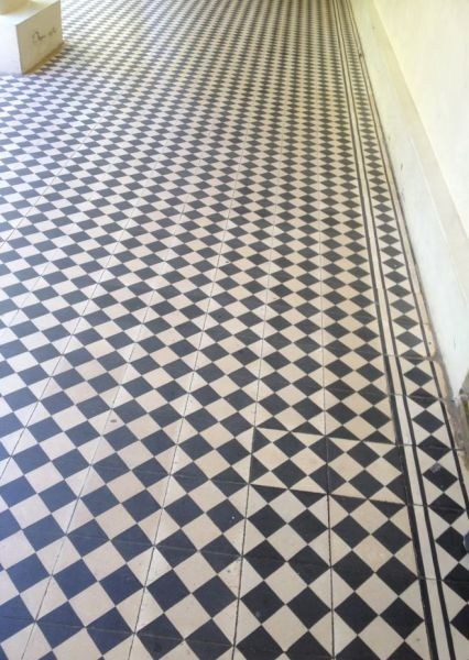 checkered floors tiles - 7360278528