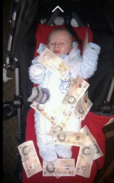 Babies parenting money - 7376318976