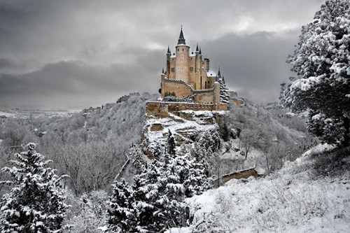 castle,architecture,Spain,magical,winter