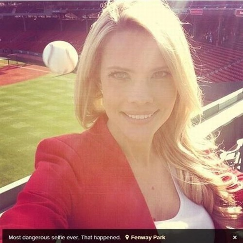 photobomb sports baseball selfie - 7400406016