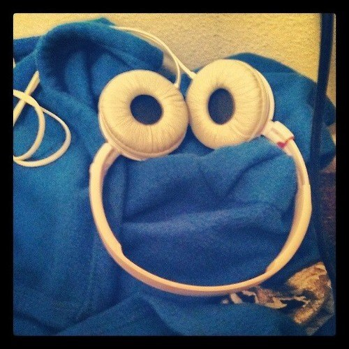 Cookie Monster accidental headphones