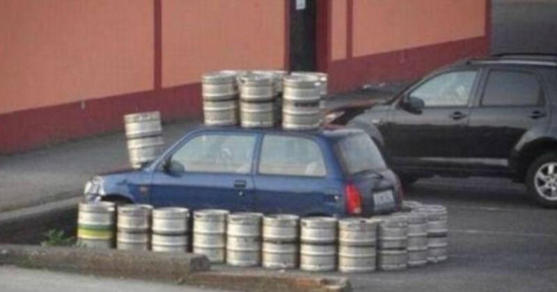 FAIL cringe ridiculous fail parking bad parking parking - 7417605