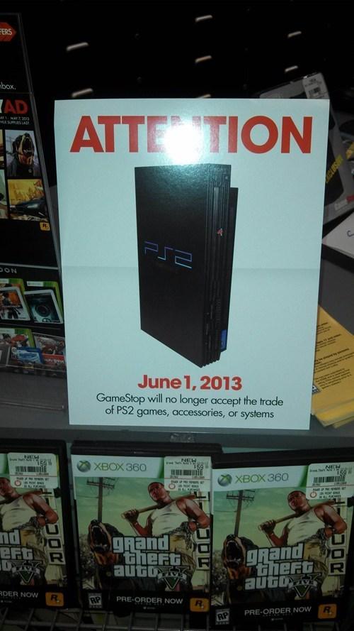 Sad gamestop IRL playstation 2 - 7429990912