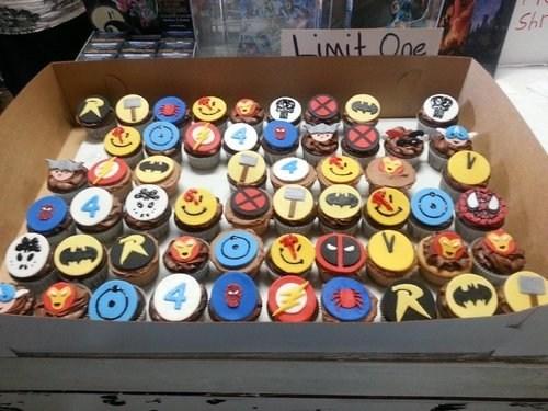 cupcakes delicious insignias - 7432750848
