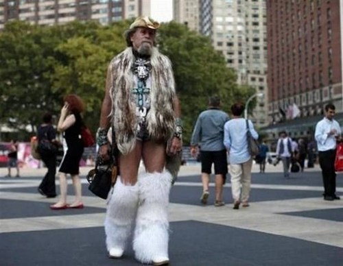 A Rare Spotting Of The Bicolor Cowpunk Yeti