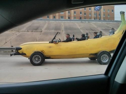 wtf bananas cars funny - 7446365440