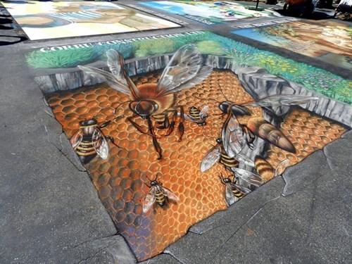 Street Art bees hacked irl illusion - 7456292608
