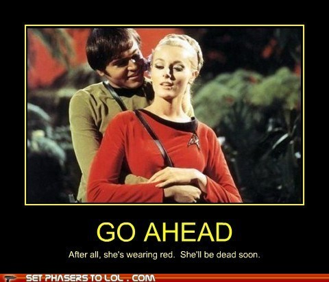red shirt Star Trek - 7456395520
