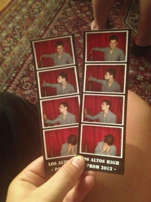 forever alone,prom,photo booth