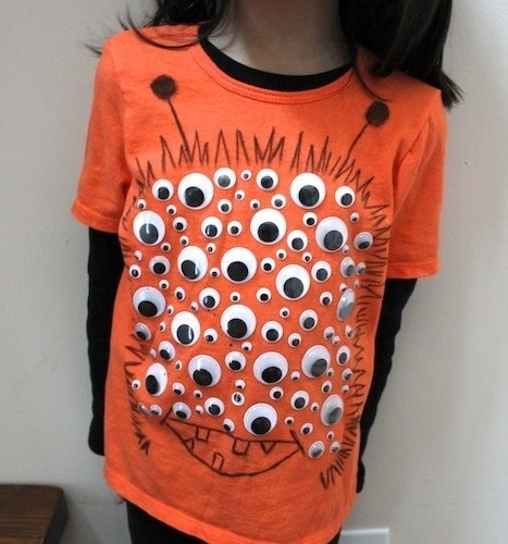 googly eyes,shirt