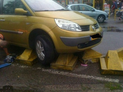 whoops cars funny parking - 7460435968