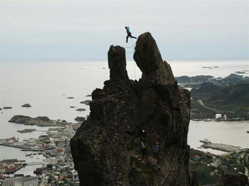 climbing,BAMF,funny,vertigo