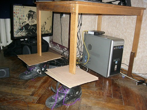broken table,funny
