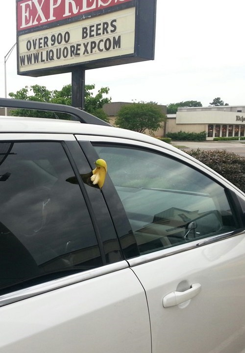 whoops banana cars funny weird - 7490802176
