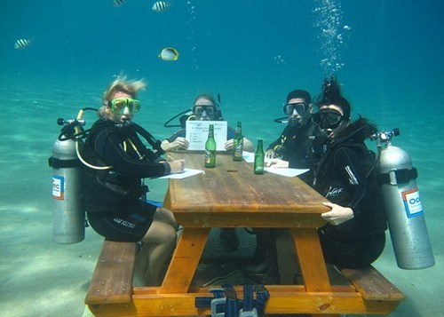 bar underwater oxygen funny scuba diving - 7494917120