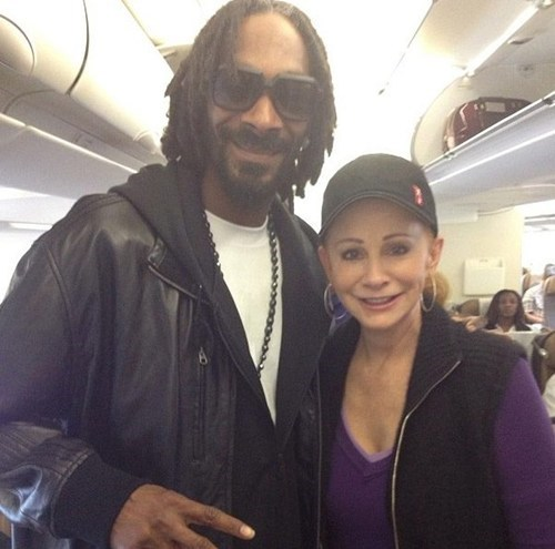 snoop lion Music reba mcentire airplanes funny - 7530957824