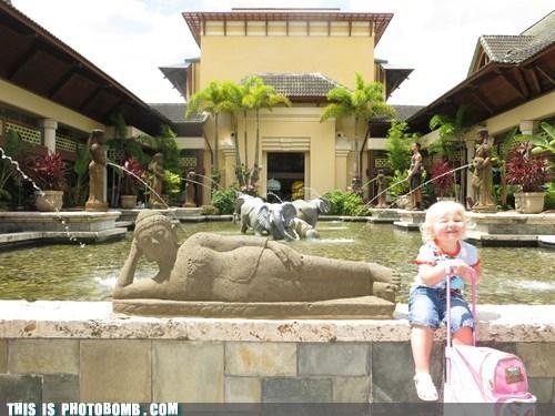 photobomb kids funny vacation - 7542214912