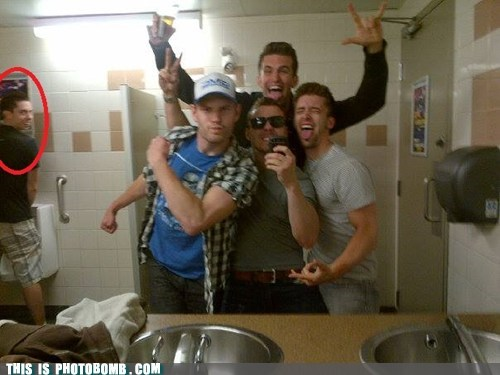 mirror pic bros photobomb bathroom funny - 7545210368
