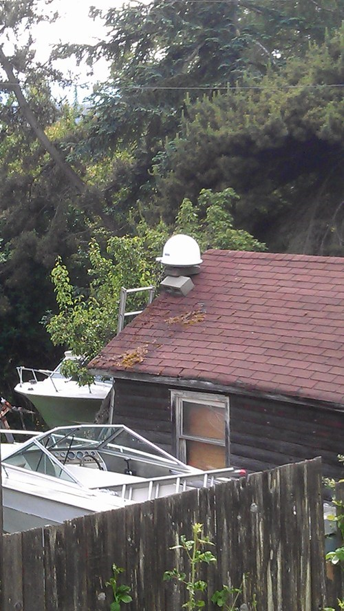 cinderblocks,satellite dish,funny,there I fixed it