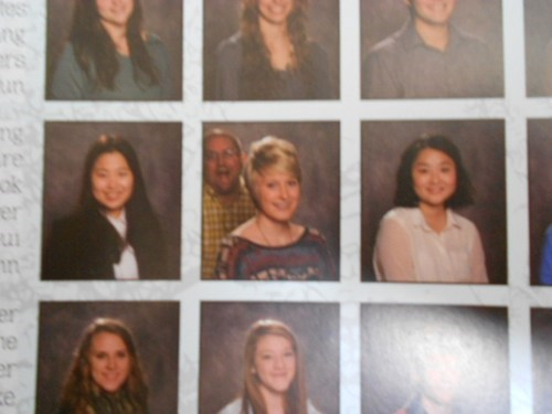 photobomb school yearbook yearbook photo funny - 7547799552