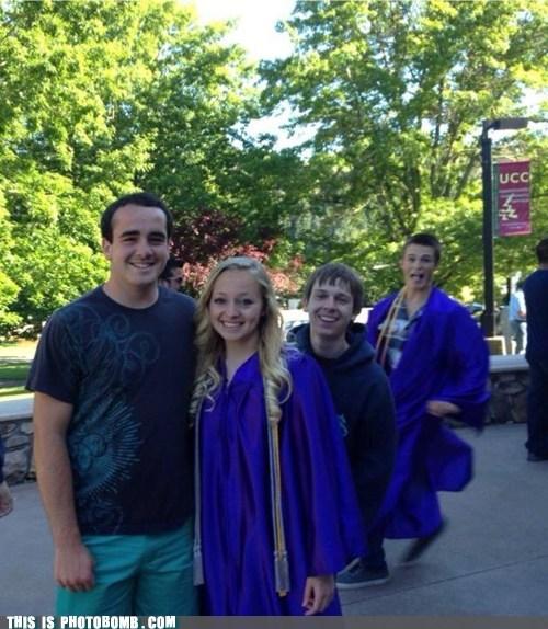 photobomb,graduation,funny
