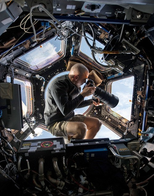 ISS photos meta science funny space - 7558326016