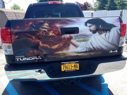 jesus wtf cars the devil arm wrestling funny - 7559169792