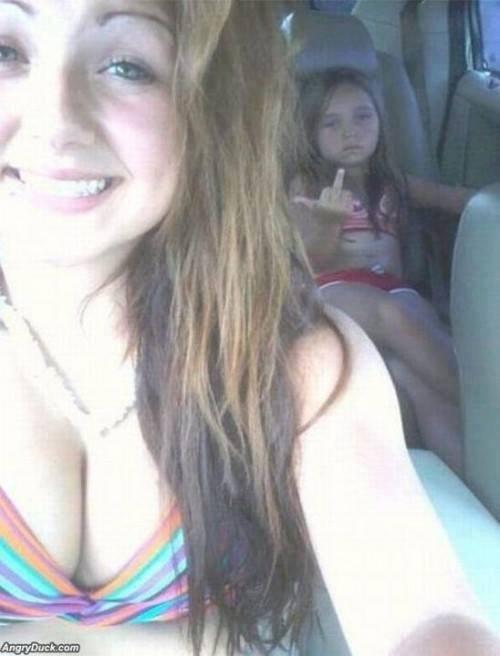 selfie kids funny parents - 7561767424