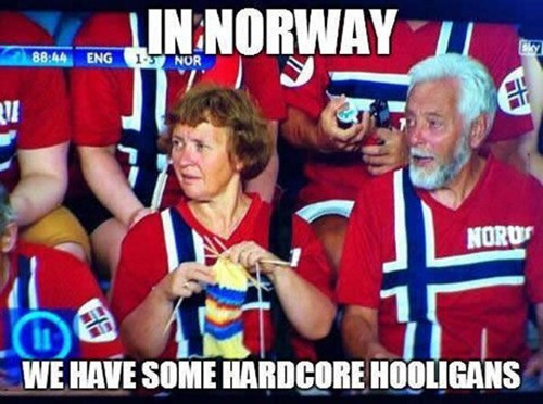 Norway IRL knitting - 7561783552