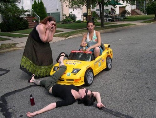 wtf drunk cars driving funny - 7562248960