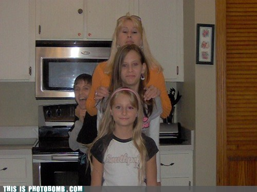 photobomb family funny - 7568031488