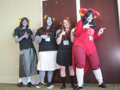 cosplay,devils,Conga line,funny