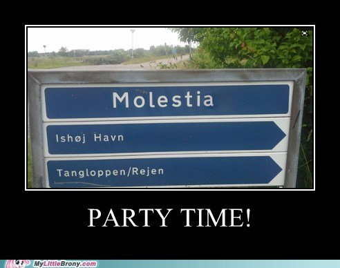 IRL molestia signs Party - 7585543680
