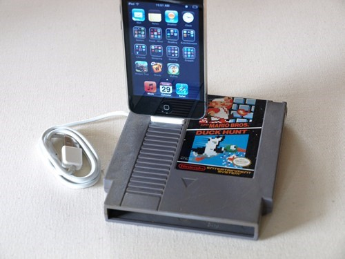 iphone chargers,iPhones,duck hunt,funny,nintendo