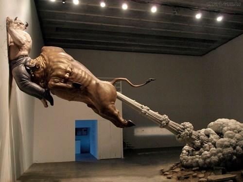 wtf art statues bulls funny - 7613611264