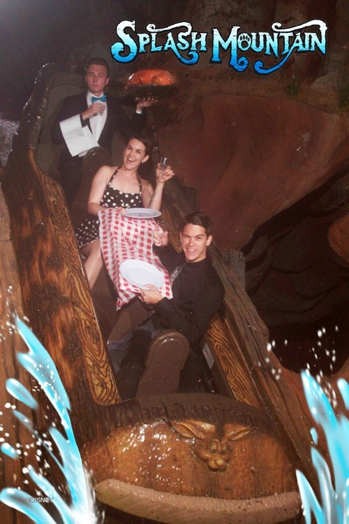 timing photography splash mountain amusement park funny