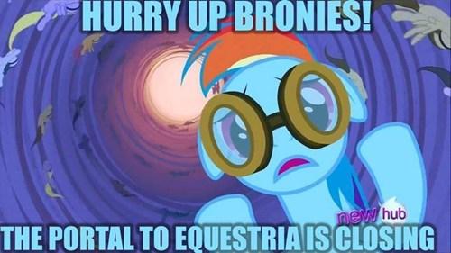 portals,rainbow dash,equestria