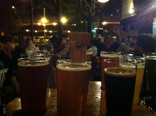 beer photobomb funny - 7622229504
