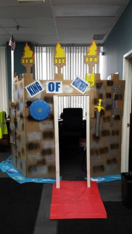 castles,office castles,office pranks,cubicle pranks