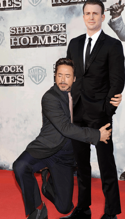 wtf robert downey jr chris evans - 7622606080